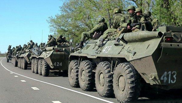 Российские военнослужащие на окраине Белгорода. Архивное фото