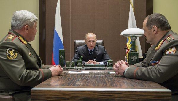В.Путин назначил двух новых полпредов президента в Сибирском и Северо-Кавказском ФО