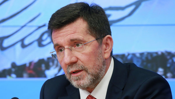Чрезвычайный и полномочный посол Сербии в России  Славенко Терзич. Архивное фото