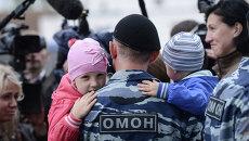 Вручение служебных удостоверений сотрудникам ЦСН ГУ МВД России по г. Москве