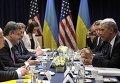 Президент США Барак Обама во время встречи с победившим на президентских выборах на Украине Петром Порошенко в Варшаве