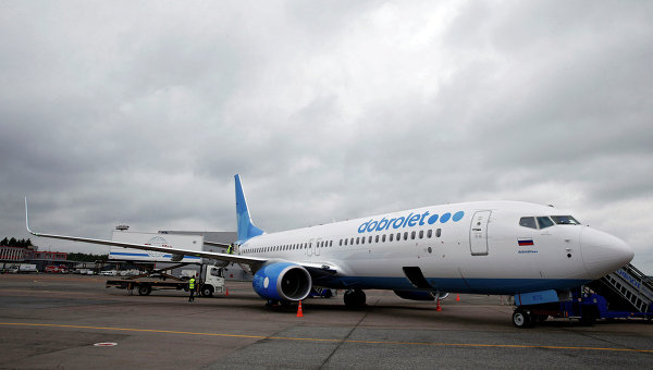 Лайнер компании Добролет в аэропорту Шереметьево. Архивное фото