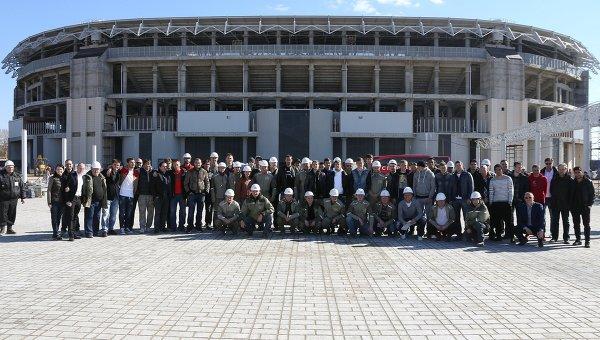 Руководство и игроки футбольного клуба Спартак (Москва) посещают стадион Открытие-Арена