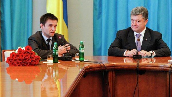 Президент Украины Петр Порошенко и новый глава МИД Украины Павел Климкин