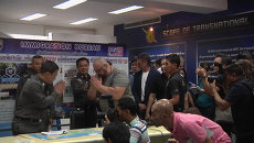 Депортируемый из Таиланда Басмач вежливо раскланялся с местными полицейскими