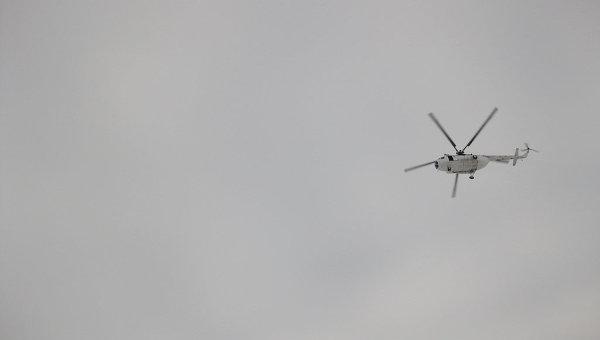 Вертолет в небе. Архивное фото