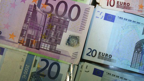 Купюры евро разного достоинства.