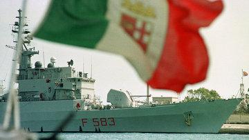 Итальянский ракетный фрегат Aviere. Архивное фото