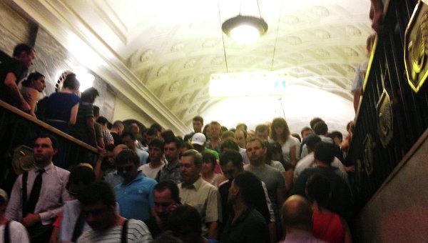 Cтанция метро Курская во время ЧП на Арбатско-Покровской линии