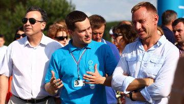 Глава Минобрнауки Дмитрий Ливанов, первый справа, посетил Всероссийский молодежный форум Селигер-2014