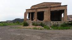 Территория заброшенной шахты имени Н. А. Изотова на окраине Горловки. Архивное фото