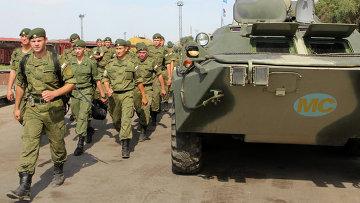 Российские военные на учениях Нерушимое братство – 2014