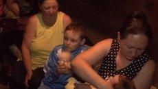 Жители Горловки прятались в подвалах от артобстрелов украинских силовиков