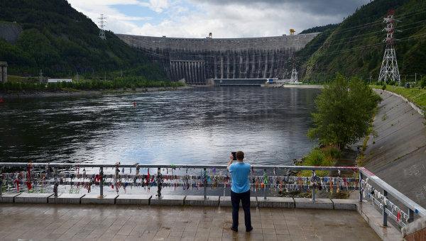 Саяно-Шушенская ГЭС, архивное фото