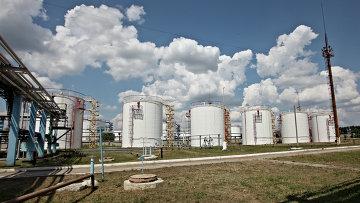 Работа отделения управления переработки газа. Архивное фото
