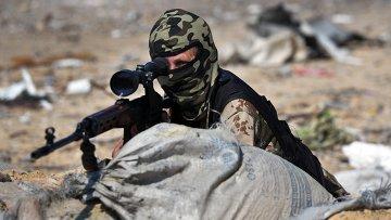 Ополченец Луганской народной республики. Архивное фото