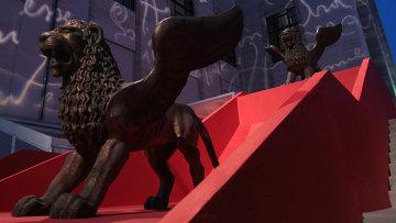 Символ Венецианского международного кинофестиваля, архивное фото