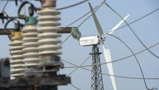 Ветровые электростанции в поселке Мирный. Архивное фото