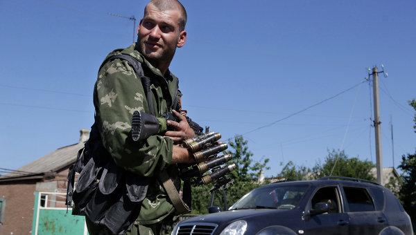 Ополченец в Донецкой области. Архивное фото