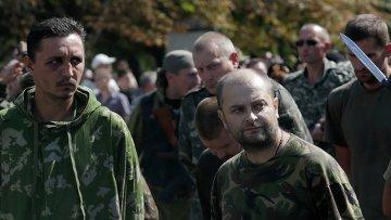 Пленные украинские военнослужащие в Донецке. Архивное фото