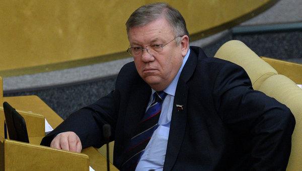 Председатель комитета Государственной Думы РФ по обороне Владимир Комоедов. Архивное фото