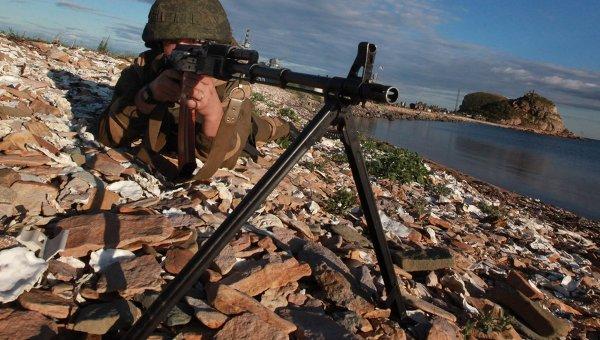 Пулеметчик во время проверки боевой готовности войск Восточного военного округа