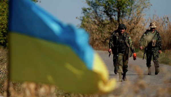 Украинские военные возле Горловки
