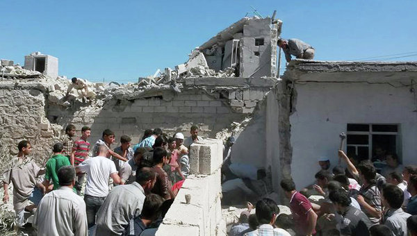 Последствия обстрела Сирии боевиками ИГИЛ. Архивное фото