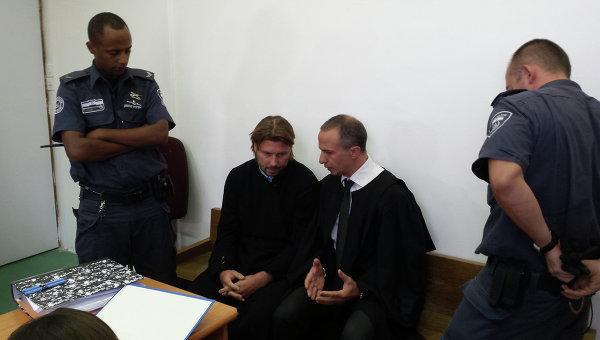 Священник Глеб Грозовский в суде. Архивное фото