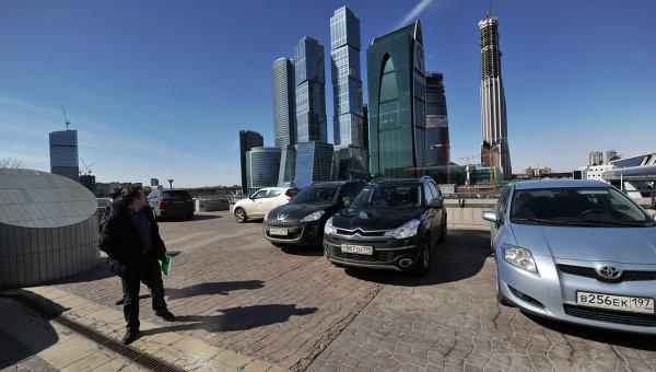 Деловой центр Москва-сити. парковка. Архивное фото