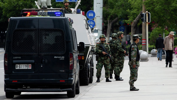 Китайская полиция в регионе Синьцзян. Архивное фото