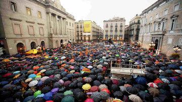 Митинг сторонников независимости Каталонии в Барселоне. Архивное фото