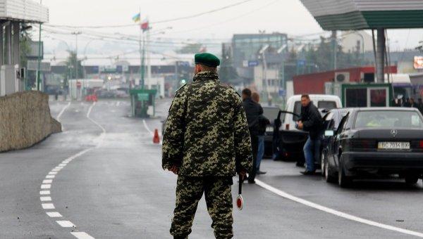 КПП на границе между Польшей и Украиной. Архивное фото