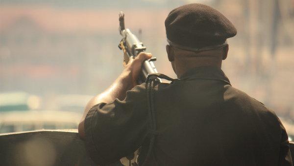 Вооруженный солдат в Нигерии. Архивное фото.