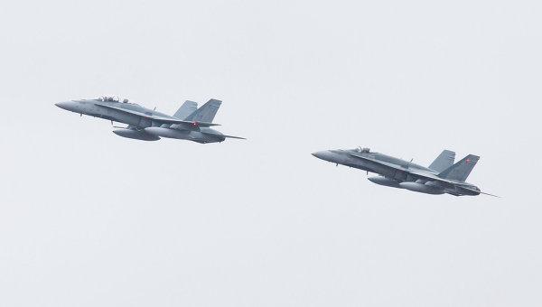 Истребители CF-18