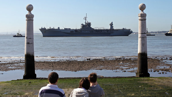 Штабной корабль шестого флота ВМС США Маунт Уитни. Архивное фото