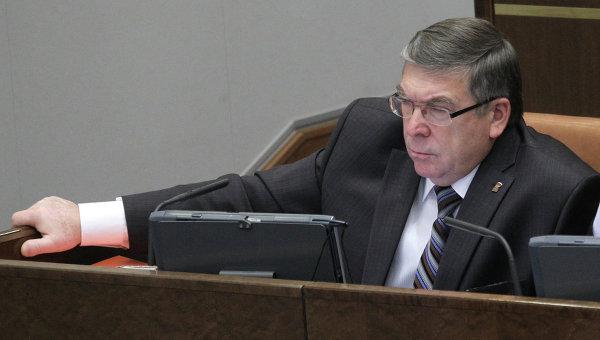 Руководитель комитета по соцполитике Валерий Рязанский. Архивное фото