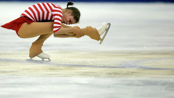 Фигуристка Липницкая в короткой программе на Гран-при в Китае