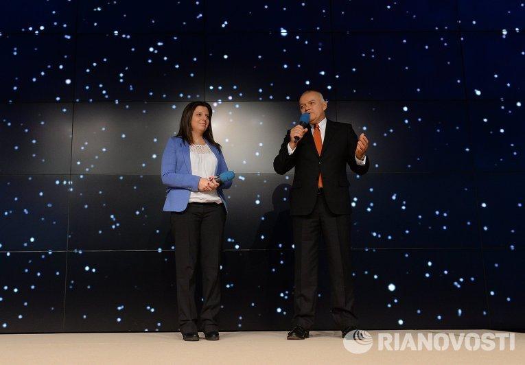 Генеральный директор МИА Россия сегодня Дмитрий Киселев и главный редактор Маргарита Симоньян