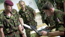 Британские военнослужащие на учениях. Архивное фото