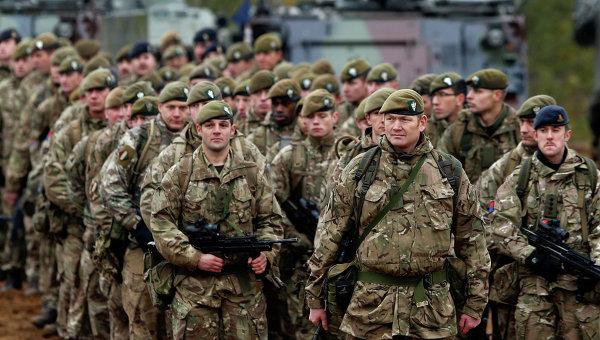 Солдаты Британской армии, архивное фото