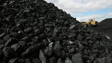 Сортированный уголь, архивное фото