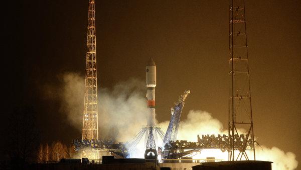 Запуск ракеты-носителя Союз-2.1б с новым аппаратом системы Глонасс