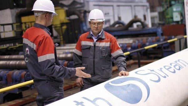 На заводе ОМК, где была выпущена первая труба для Южного потока. Архивное фото