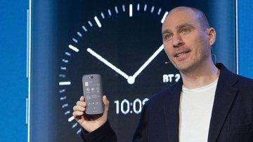 Презентация смартфона YotaPhone 2 в России