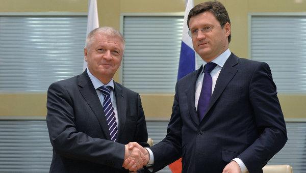 Встреча Александра Новака и Павола Павлиса в Москве