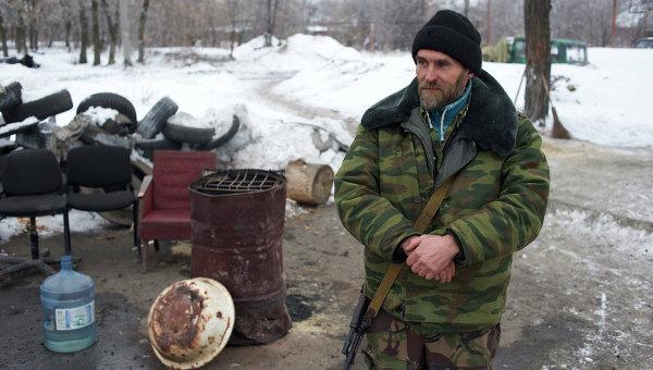 Ополченцы: силовики четыре раза открывали стрельбу за ночь в Донбассе