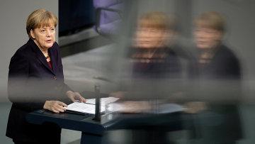 Канцлер ФРГ Ангела Меркель в Бундестаге. 18 декабря 2014