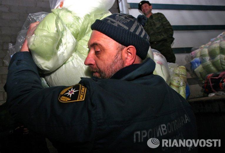 Десятый конвой с российской гуманитарной помощью прибыл в Донецк