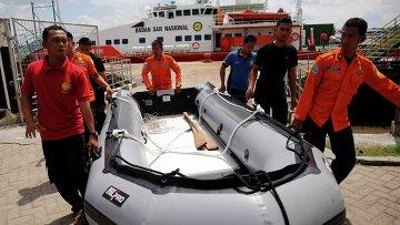 Поисковая операция на месте крушения самолета AirAsia в Яванском море, 6 января 2015